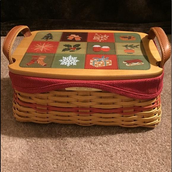 Longaberger Christmas Basket.Longaberger Christmas 2002 Basket With Painted Lid